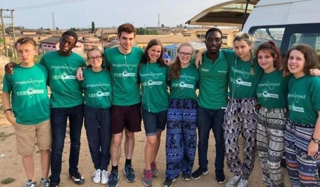 Participants in a Medical Internships for High School Students in Accra, Ghana